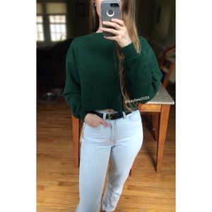 🌿 90's Essential Cropped Forest Green Crewneck 🌿